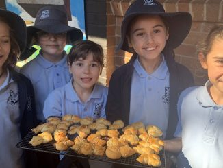 Stanmore Public School Greek Easter 2019